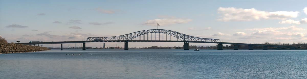 Pioneer Memorial Bridge