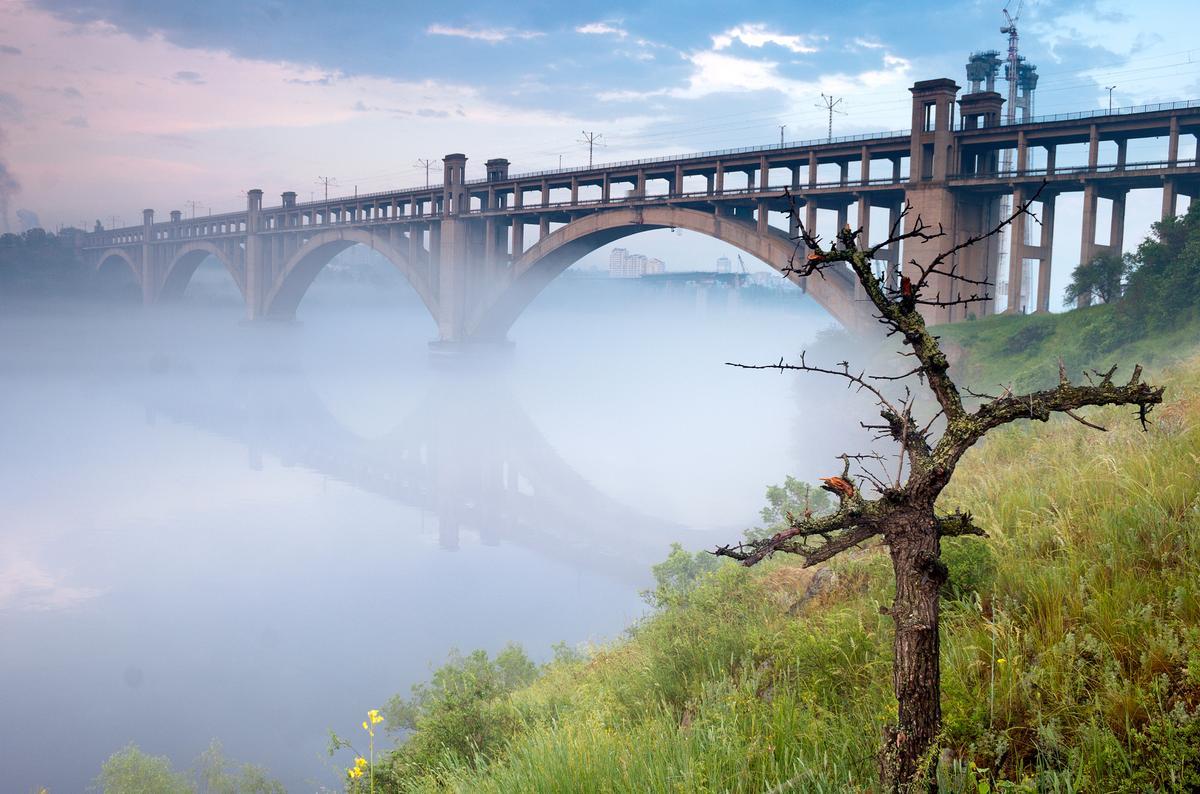 Pont Preobrazhensky (nouveau Dniepr)