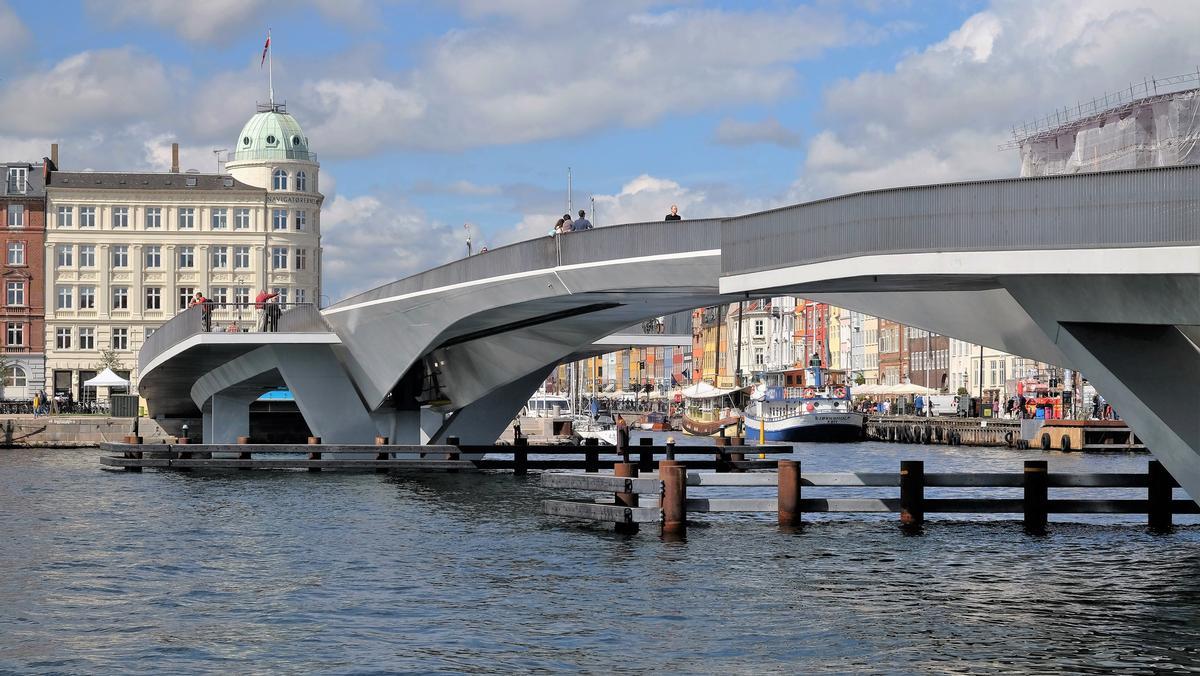 Inner Harbour Footbridge