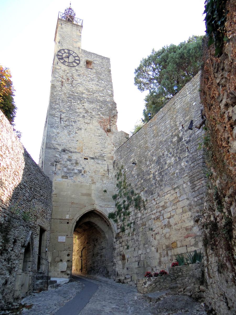 Vaison-la-Romaine City Walls