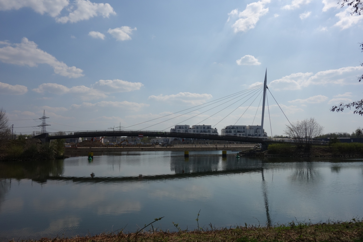 Hafenbrücke Graf Bismarck