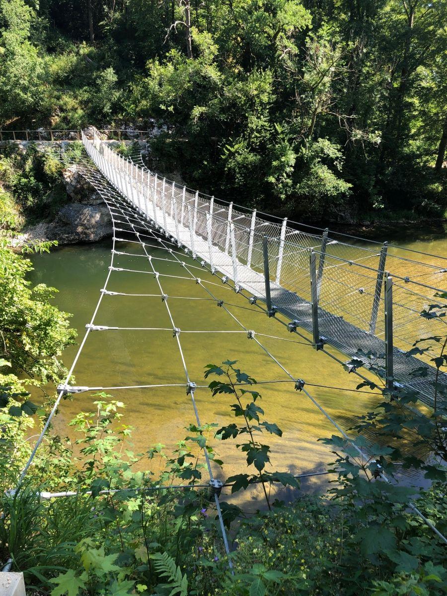 Hängebrücke im Fürstlichen Park Inzigkofen