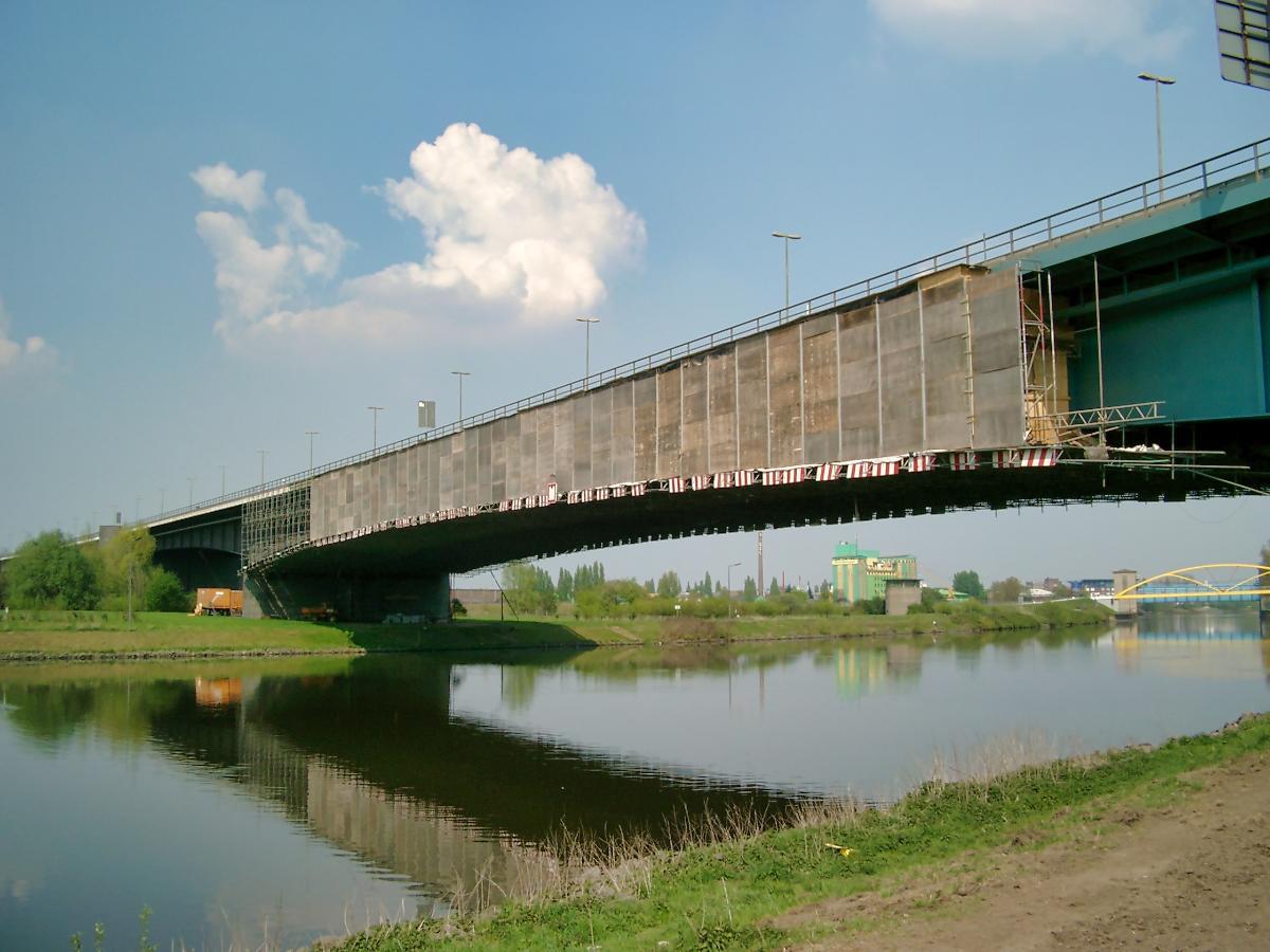 Berliner Brücke, Duisburg