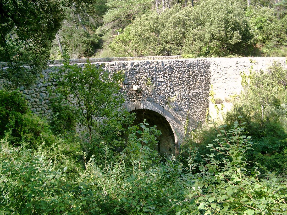 Pont romain sur le ravin du Buès, Ganagobie / Lurs (04)