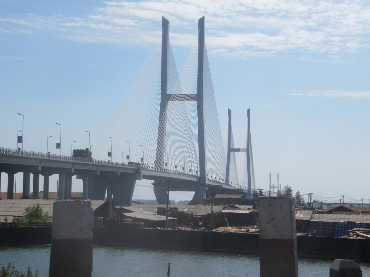 Jingzhou Yangtze River Bridge