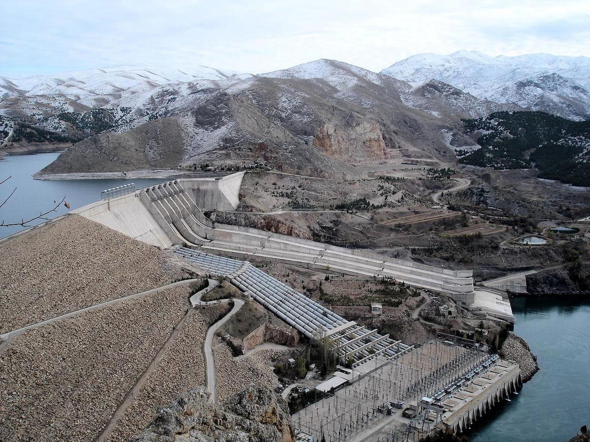 Barrage de Keban