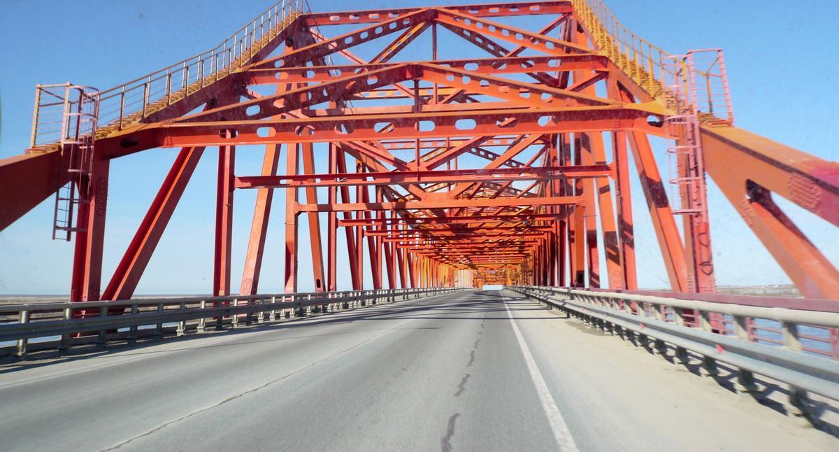Irtyschbrücke Khanty-Mansiysk
