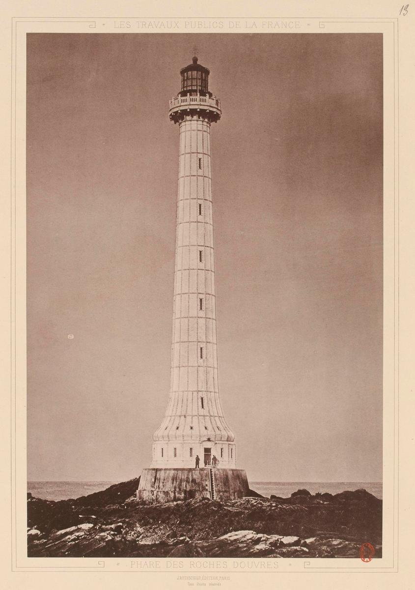 Phare des Roches-Douvres