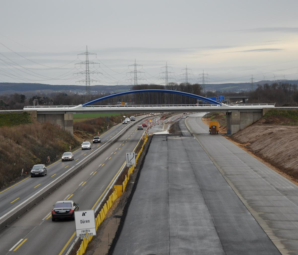Railroad Bridge across the A 4 Motorway