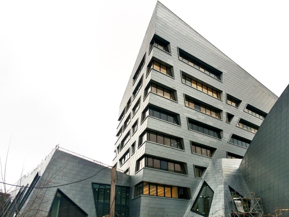 Zentralgebäude der Leuphana-Universität