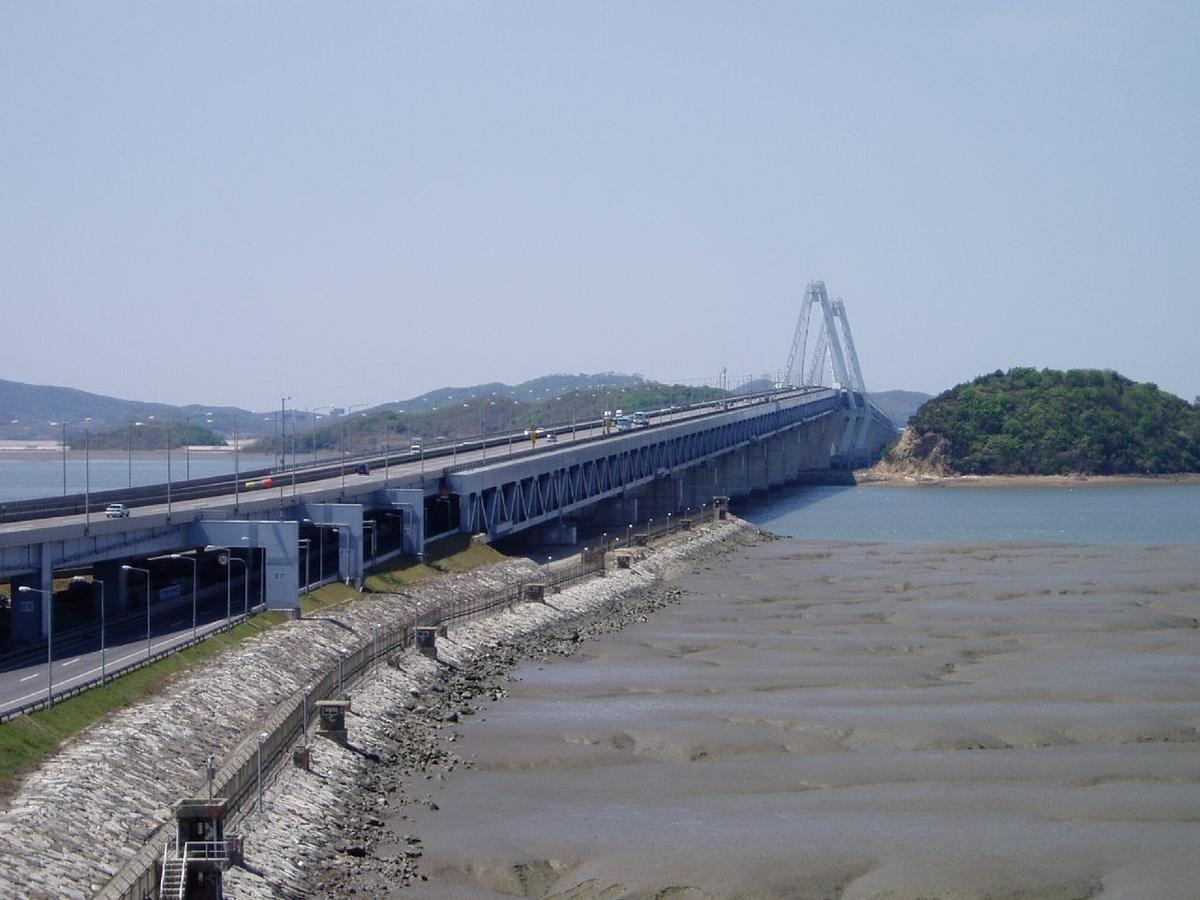 Yeongjong Grand Bridge