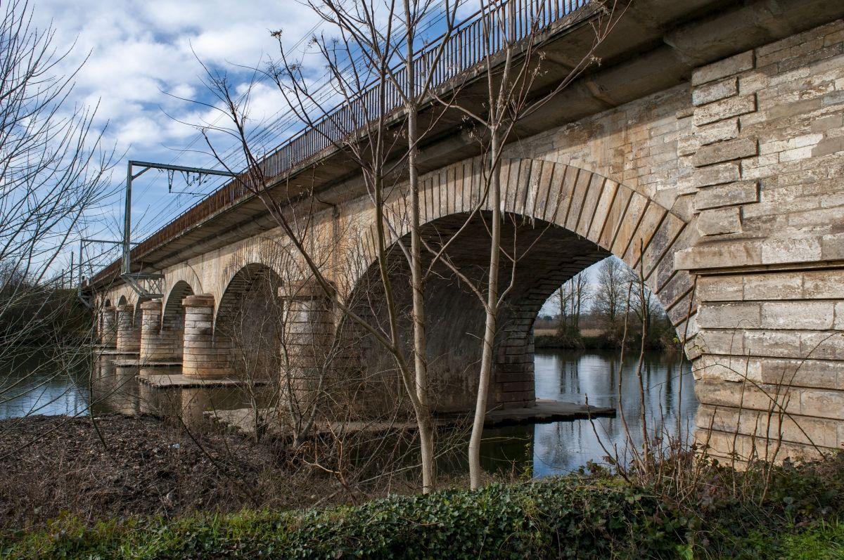 Eisenbahnbrücke Coutras (I)