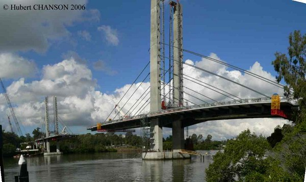 Eleanor Schonell Bridge, Brisbane. View from the left bank (Dutton Park ferry terminal) on 26 June 2006