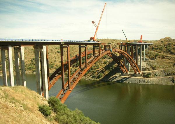 Talbrücke Alconétar