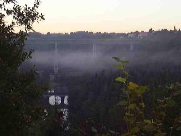 Pont de Busseau sur Creuse