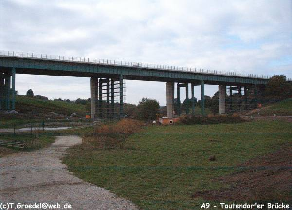 Autobahn A9 – Talbrücke Tautendorf