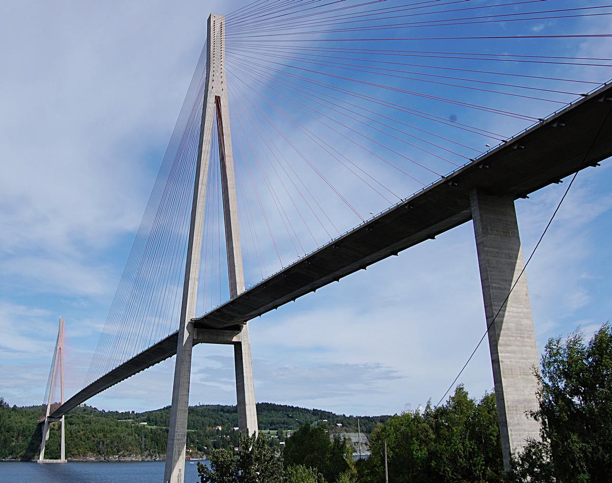 Skarnsundet Bridge, Norway, cable-stayed