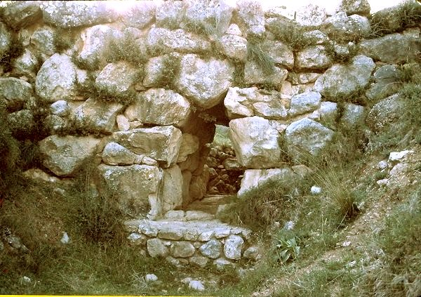 Mycenaean bridge at Kazarma (Argolis).