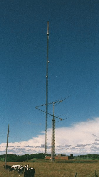 Television and UHF/VHF transmission tower, Grimeton.