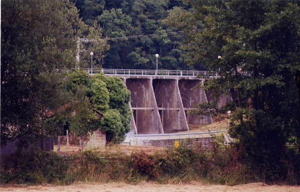 Barrage de la Roche-qui-Boit