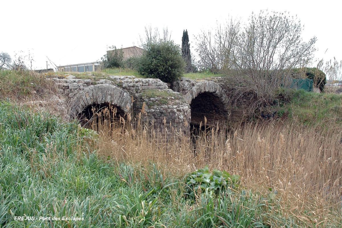 Pont des Esclapes (Fréjus)