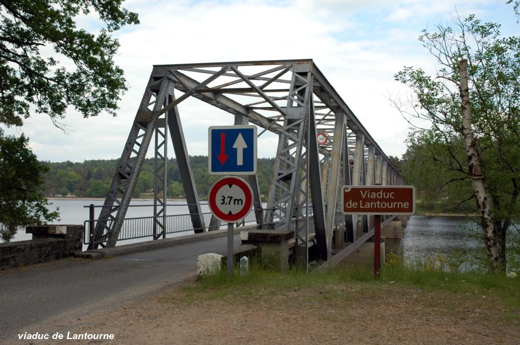 Fiche média no. 113356 Viaduc de LANTOURNE, sur le Doustre (retenue du barrage de La Valette), RD 131e1 entre Marcillac-la-Croisille (19320, Corrèze) et Saint-Pardoux-la-Croisille (19320, Corrèze)