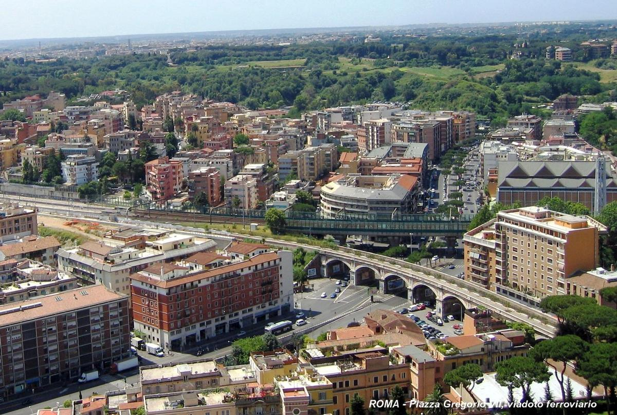 Rom - Eisenbahnviadukt zum Vatikan