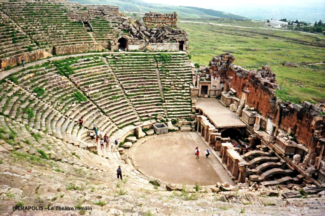 antikes theater hierapolis structurae. Black Bedroom Furniture Sets. Home Design Ideas