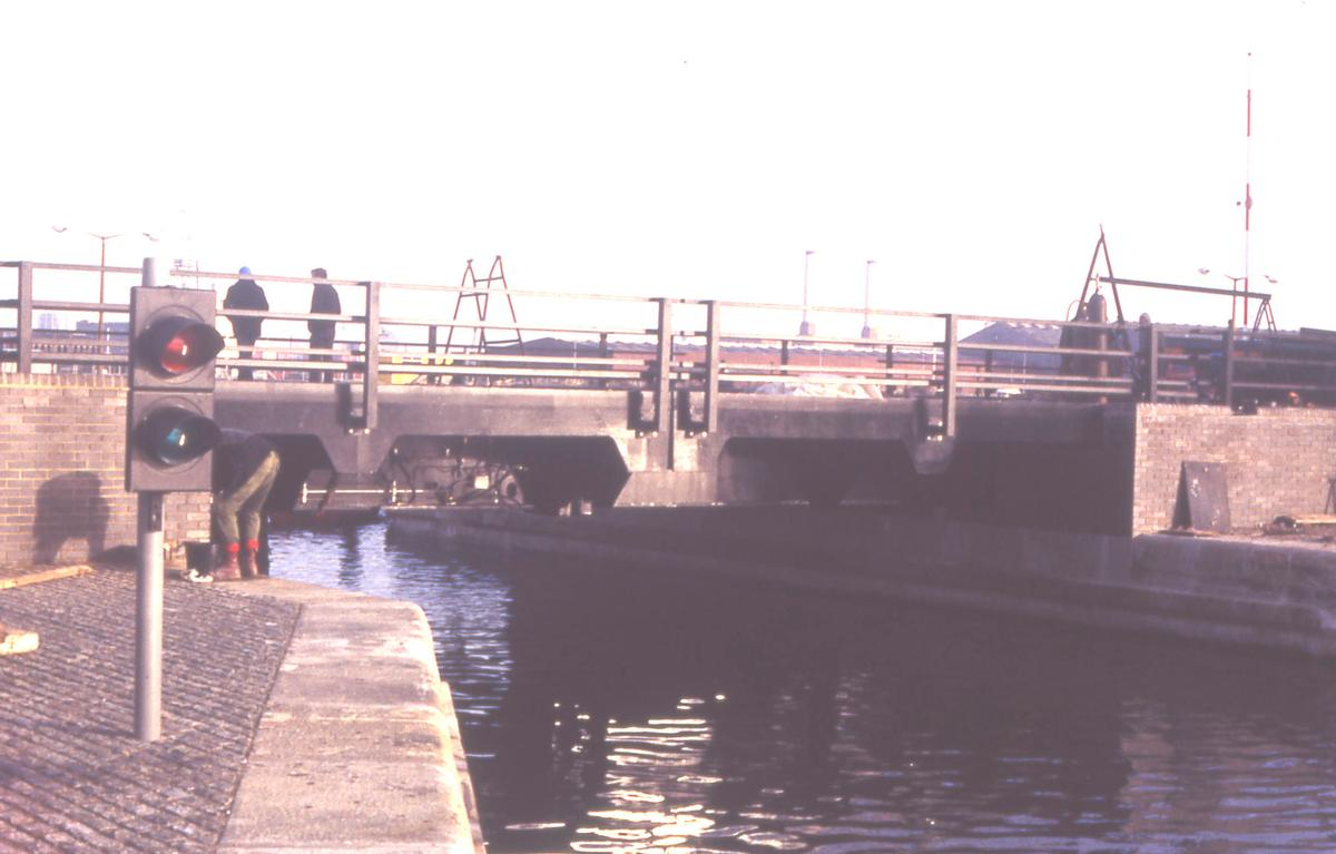 Millwall Cut Bridge.