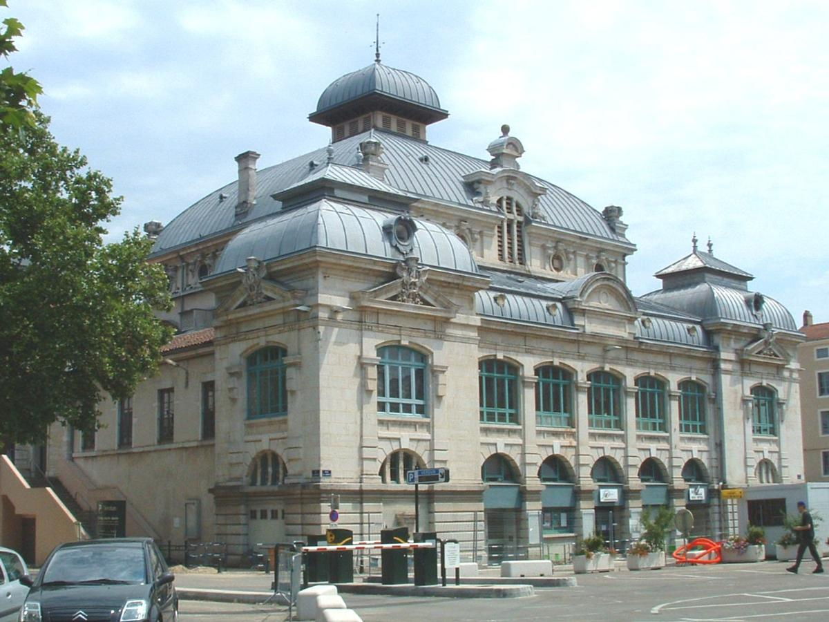 Th tre municipal bourg en bresse structurae for Jardinerie bourg en bresse