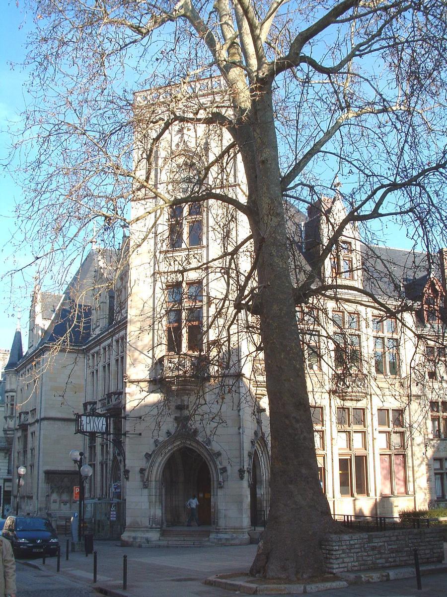 Poste Principale, Bourges