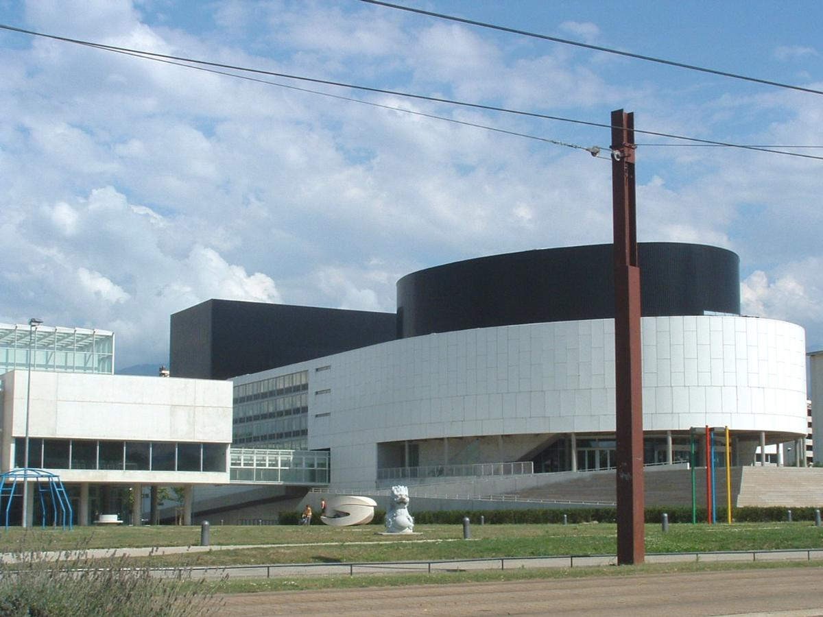 Le Cargo, cultural center in Grenoble.