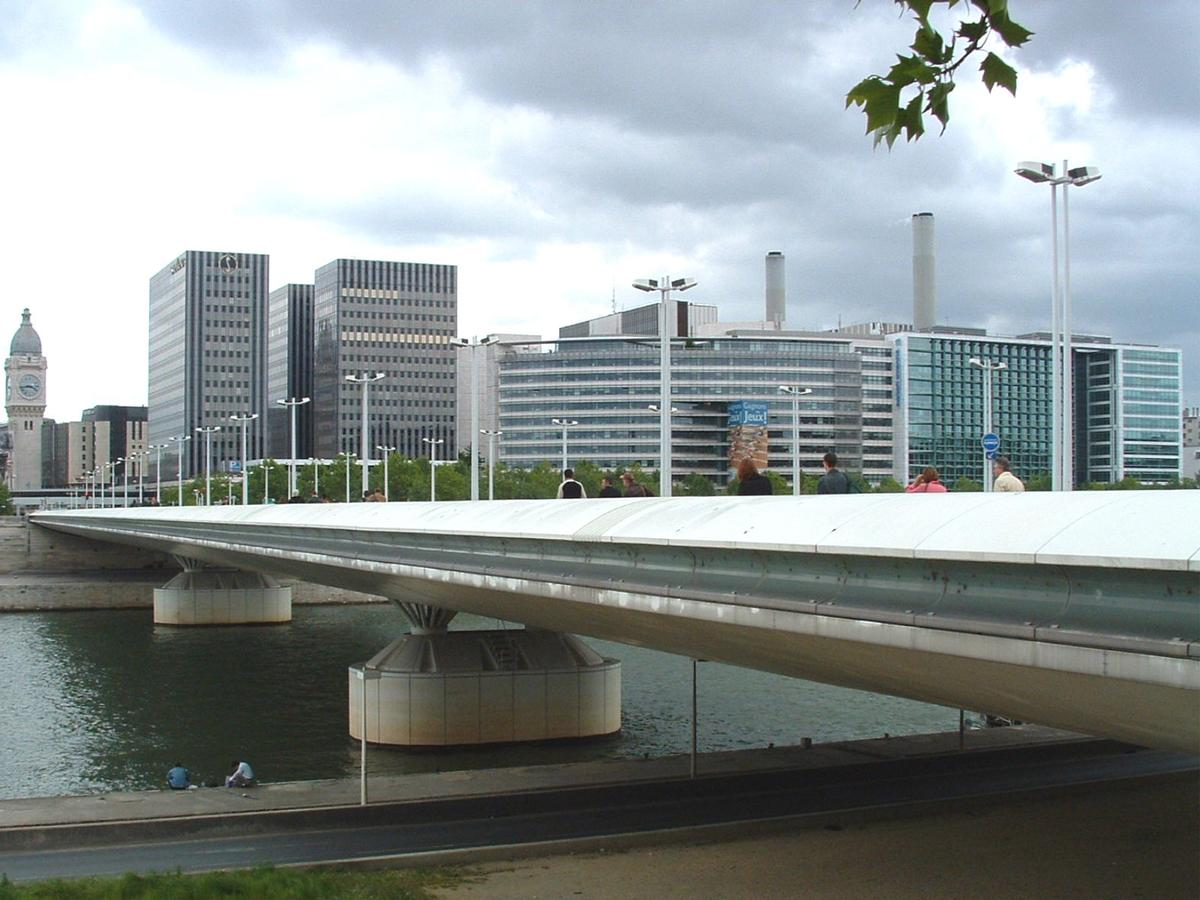 Charles de Gaulle Bridge, Paris.