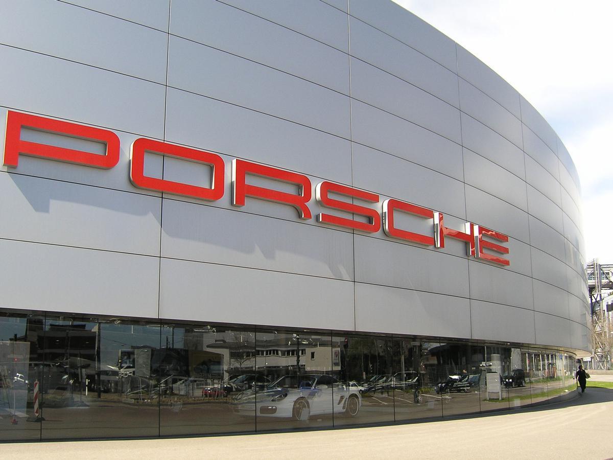 Porsche-Zentrum