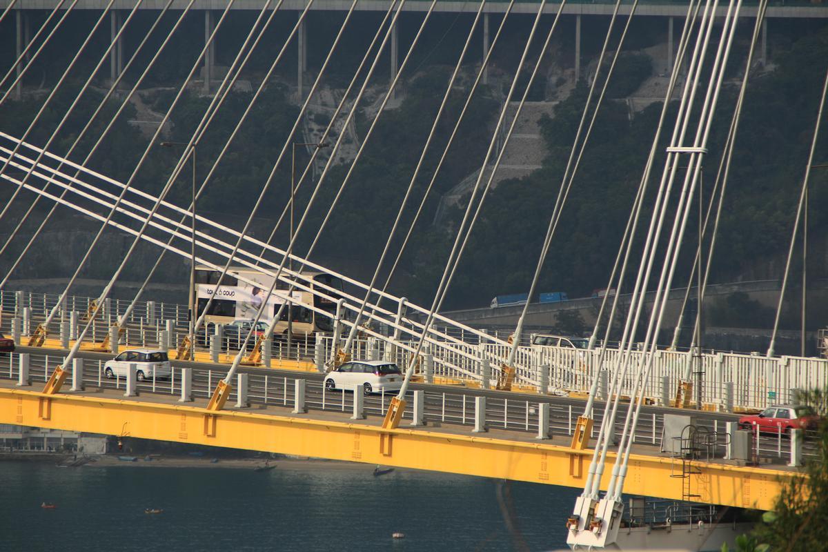 Ting-Kau-Brücke
