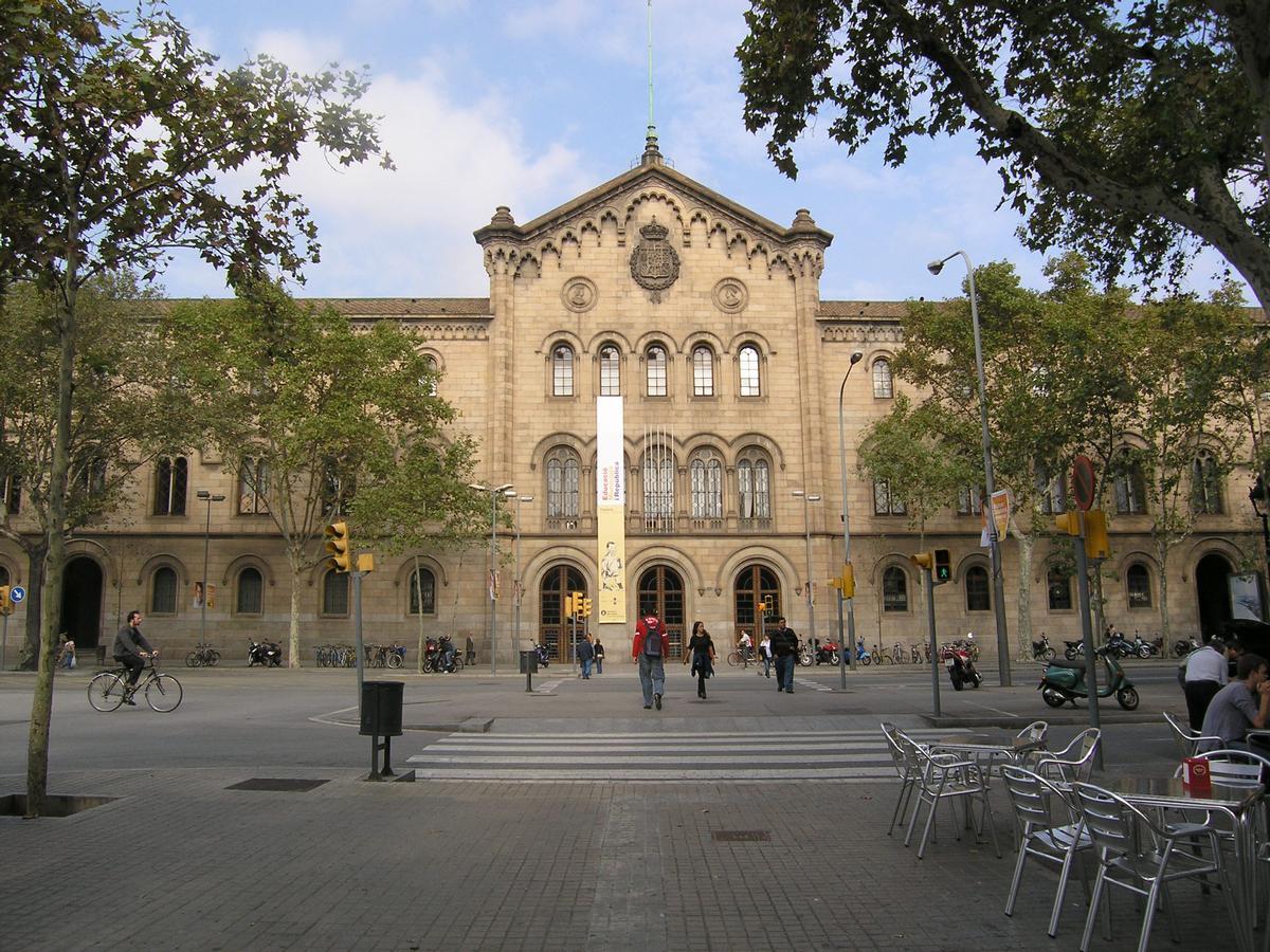 Barcelona university main building barcelona structurae - Placa universitat barcelona ...