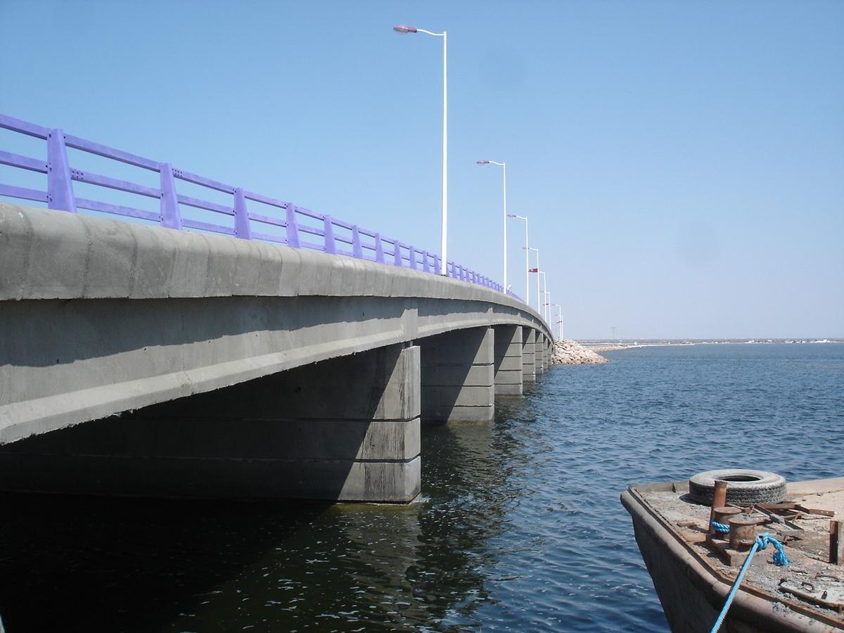 Brücke nach Djerba, Tunesien