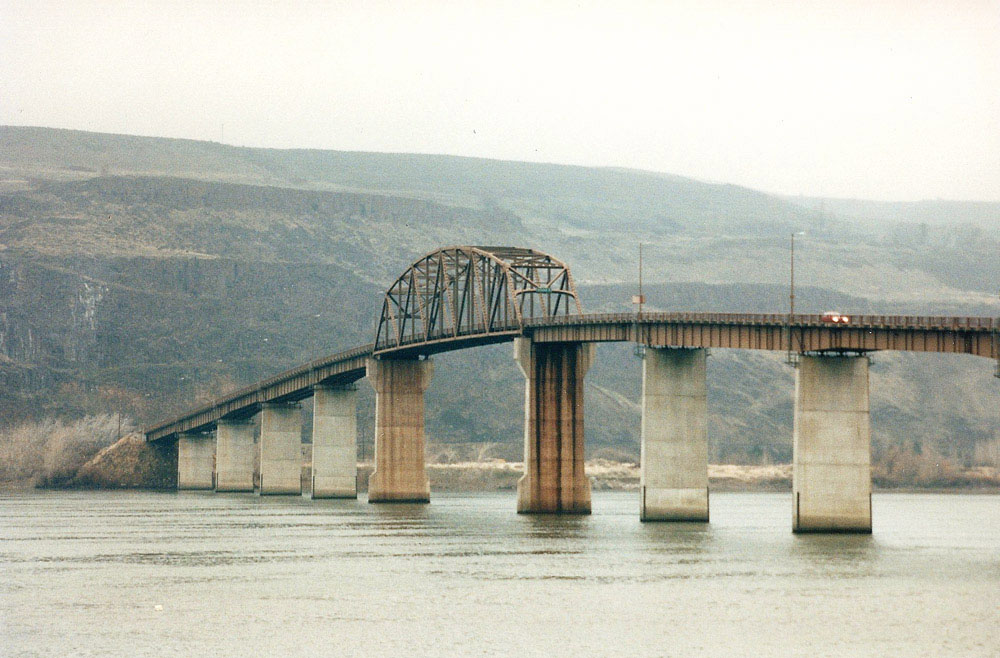 Sam Hill Memorial Bridge, Biggs Junction