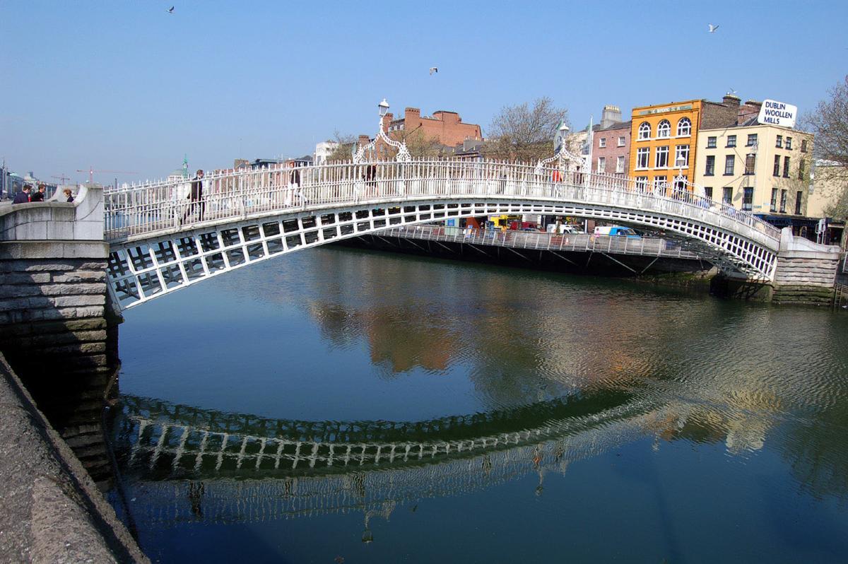 Ha'penny Bridge (Dublin, 1816) | Structurae