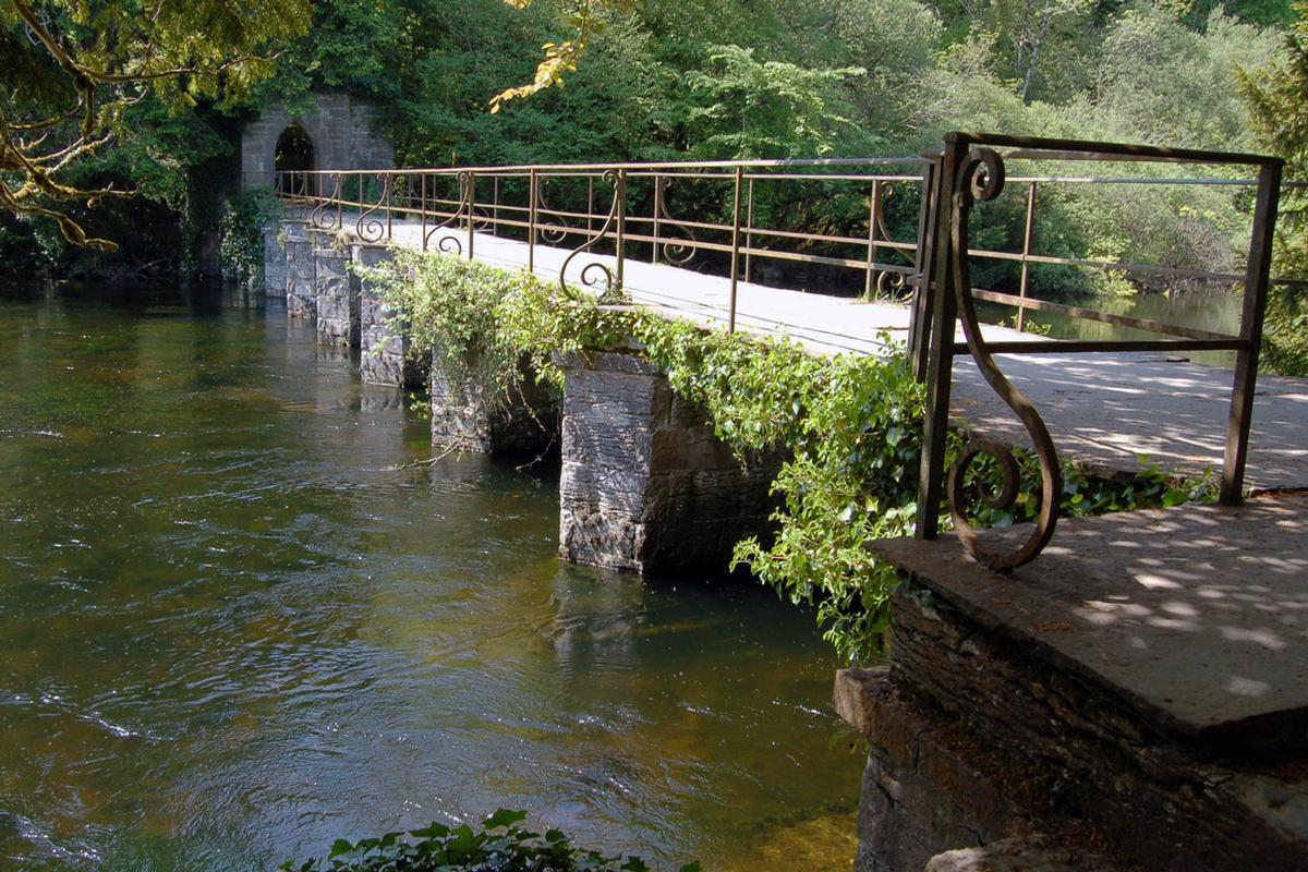 Abbey Footbridge, Cong