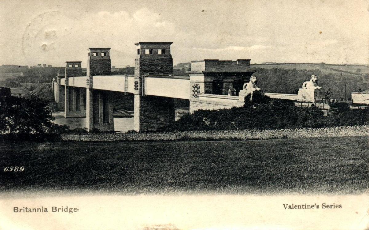 Britannia-Brücke Postkarte aus der Privatsammlung von Jochem Hollestelle