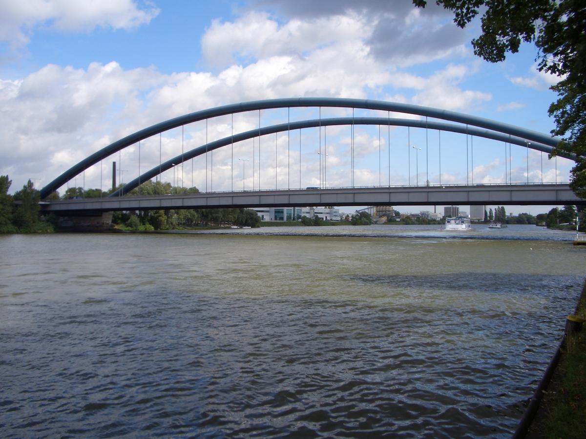 Pont Kaiserlei
