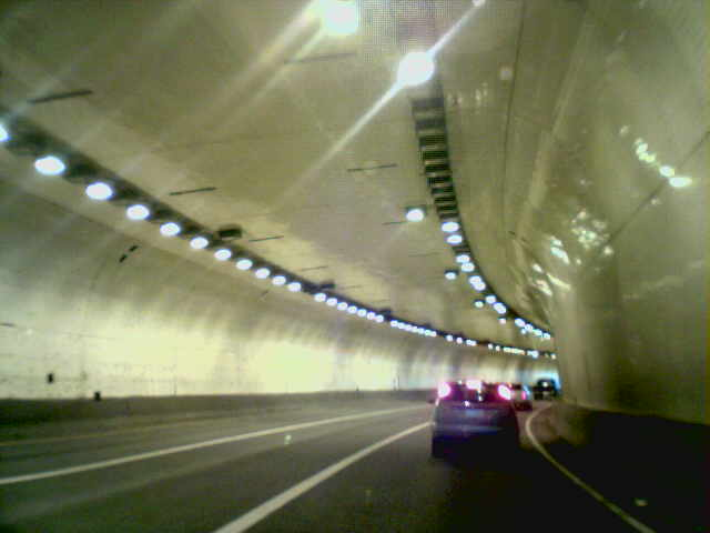 Vista Ridge Tunnel eastbound (interior)