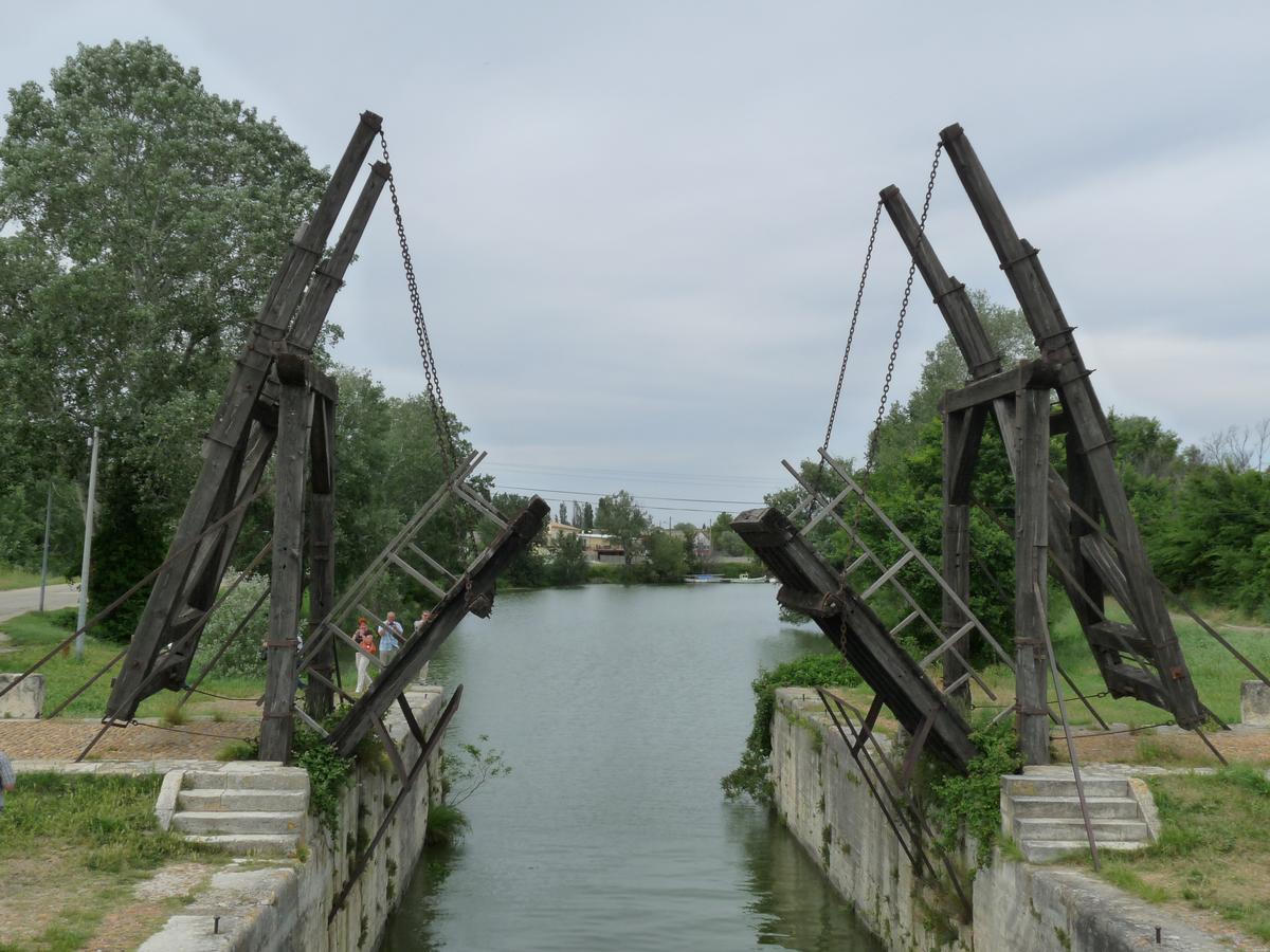 Langlois Bridge