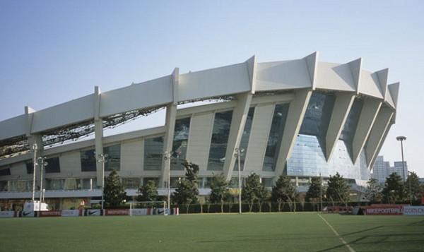 Shanghai Stadium (Shanghai, 1997) | Structurae