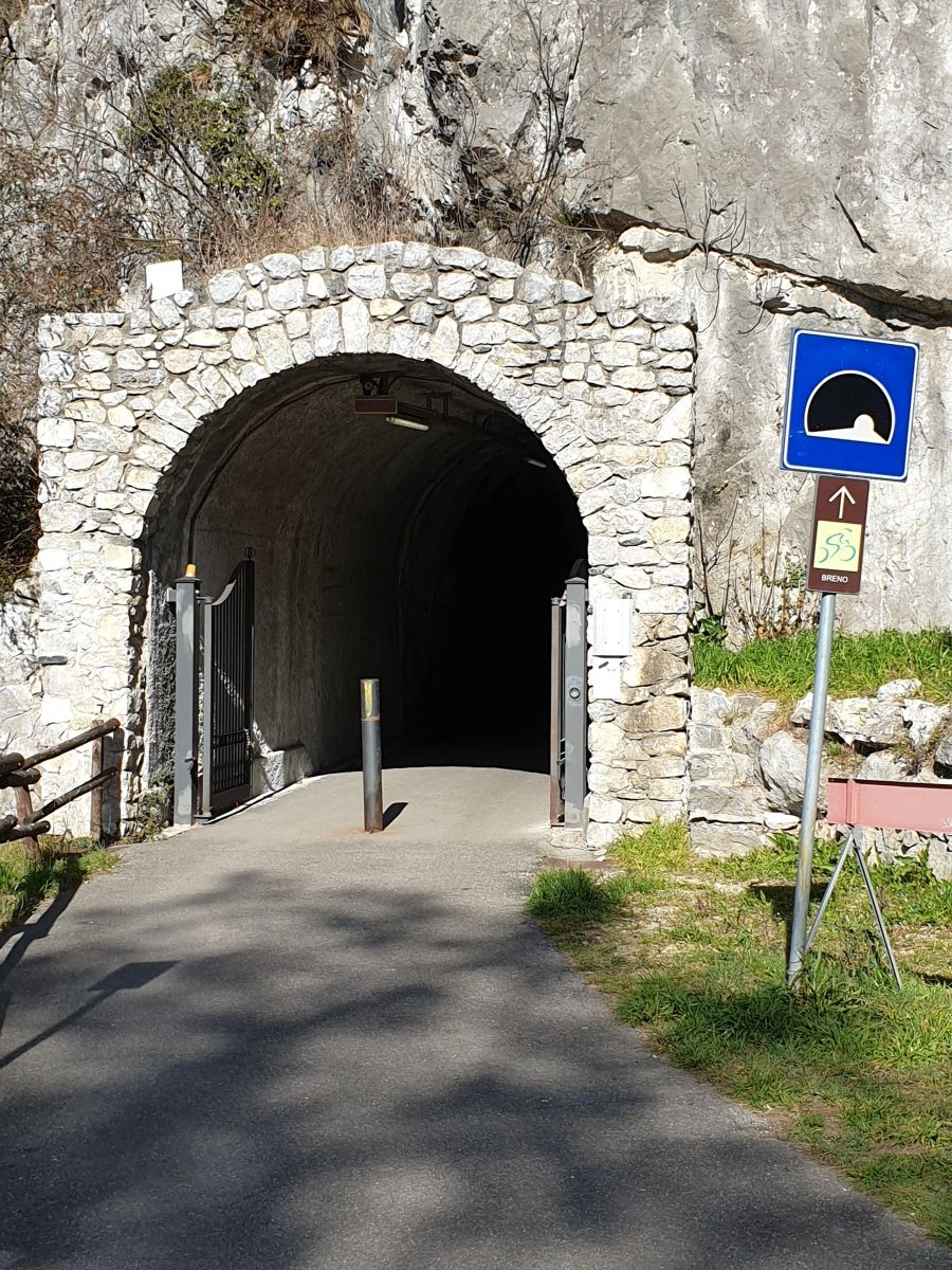 Tunnel Cividate