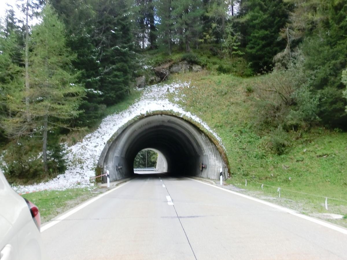 Tunnel Ganna Rosso