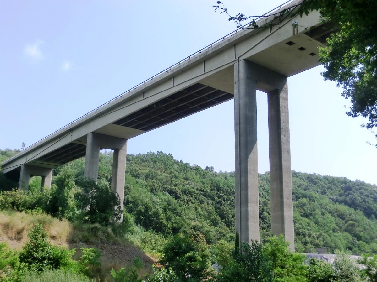 Lerone eastbound Viaduct