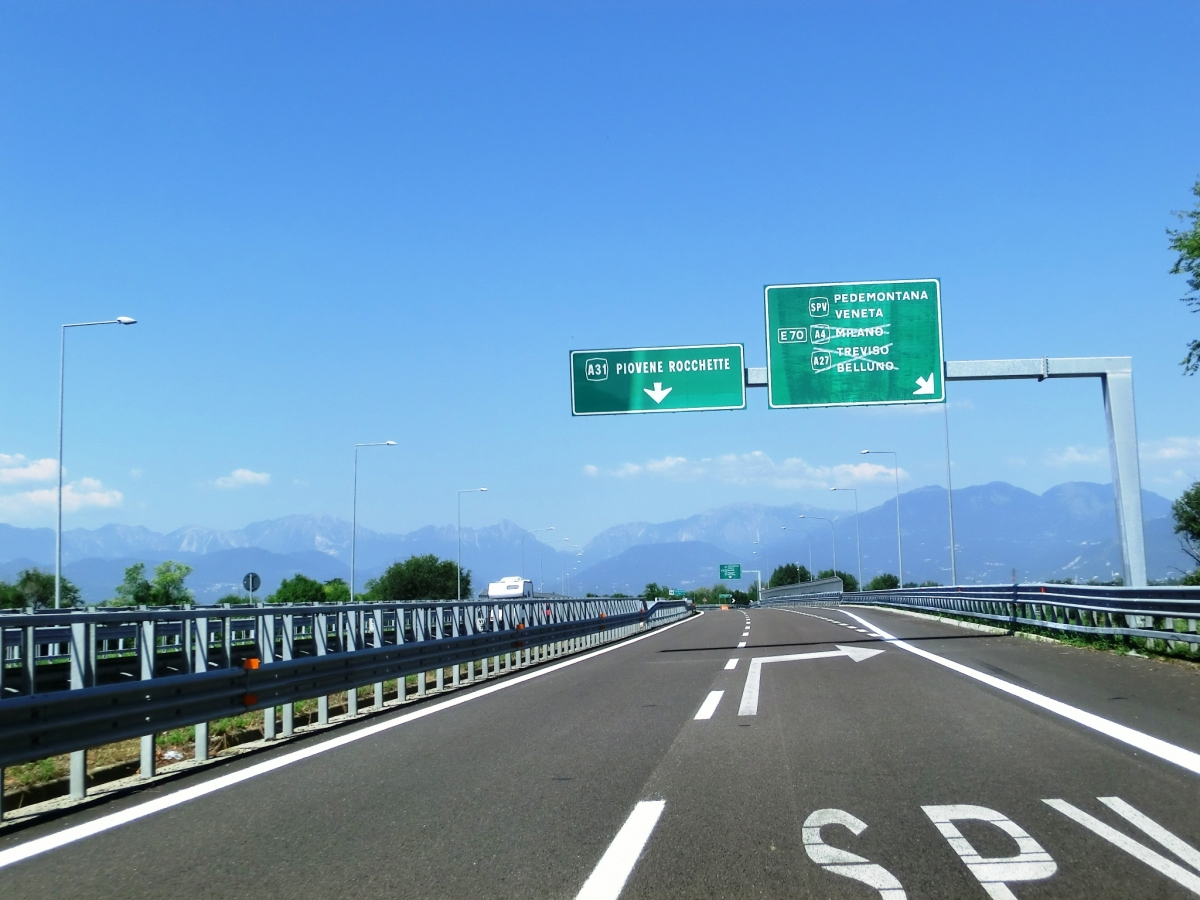 Superstrada Pedemontana Veneta Interchange A 31 motorway at Superstrada Pedemontana Veneta interchange