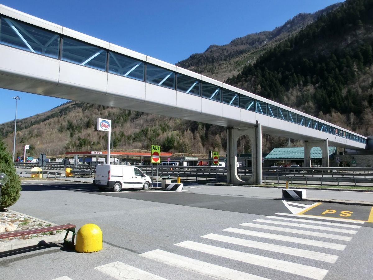 Verbindungsbrücke Raststätte Gran Bosco